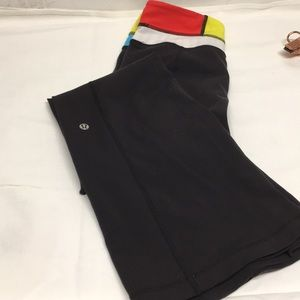 Lululemon Reversible Black Leggings size 6